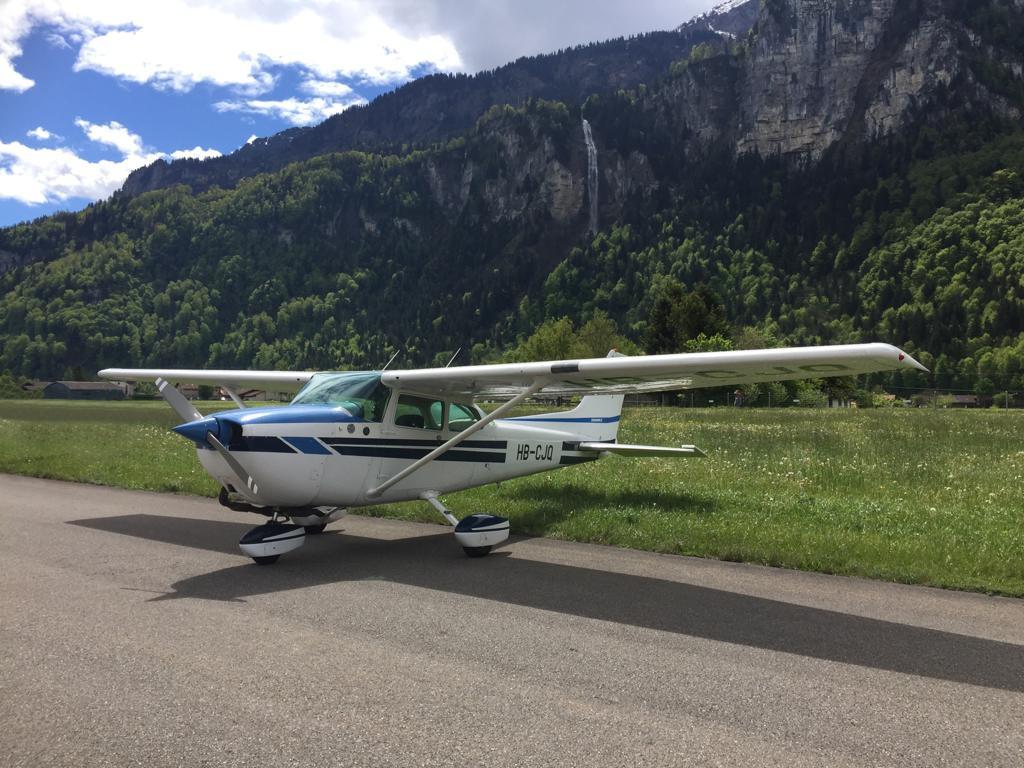 Cessna 172 in Meiringen